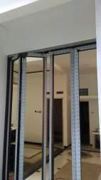 spesialis kaca dan aluminium